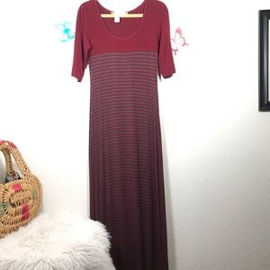 Max Studio Maxi Dress Size M and Very Classy
